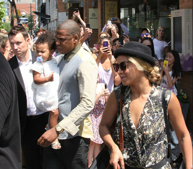 Beyonce-and-Jay-Z-in-Toronto