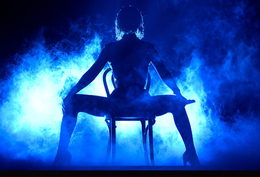 "Beyonce Brings 'Serfbort' Realness To Grammy's During ""Drunk In Love"" Performance With Jay-Z"