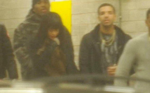 Drake-And-Rihanna-Spotted-Holding-Hands-In-Manchester