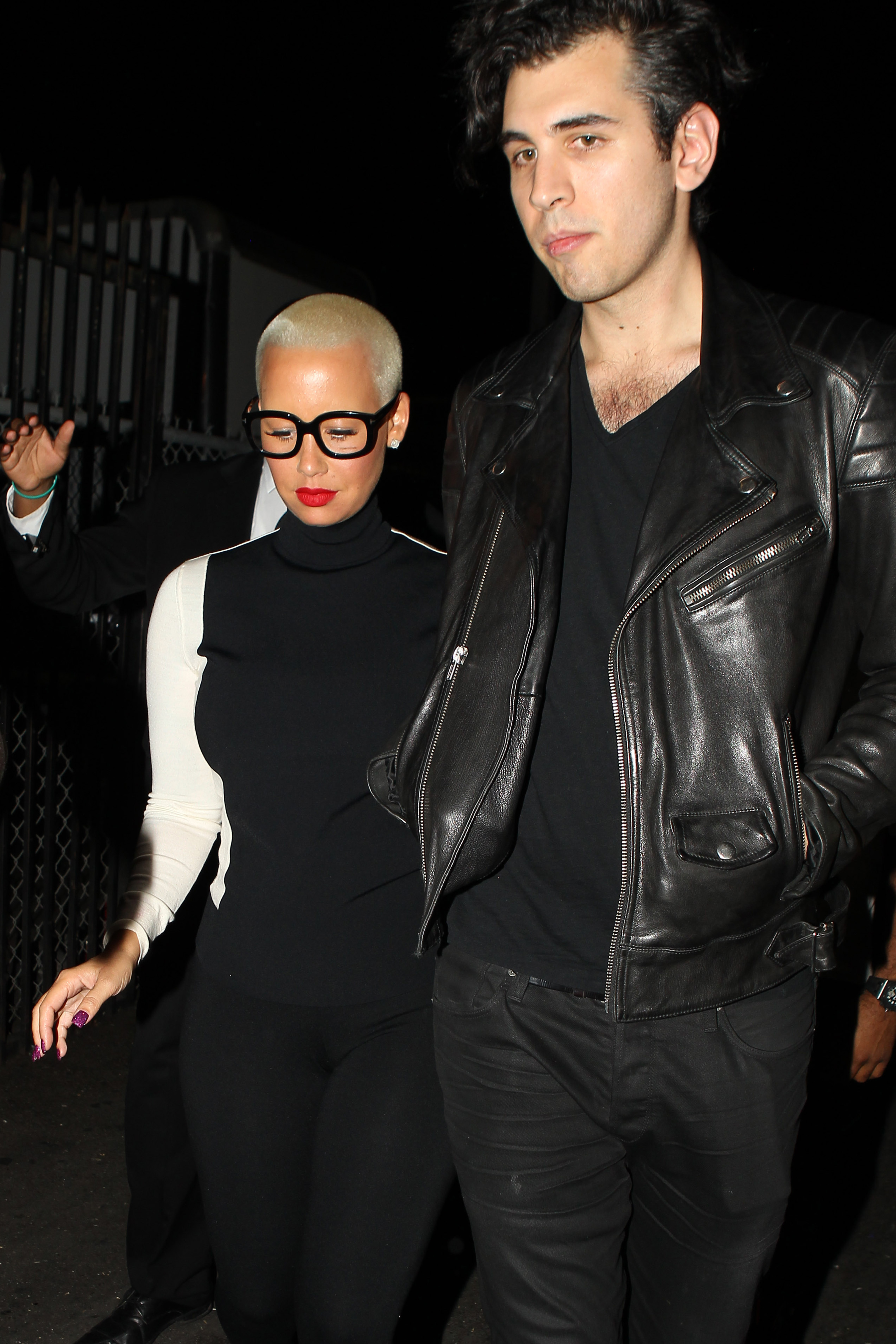 Amber Rose and Nick Simmons leave Playhouse together - Part 2