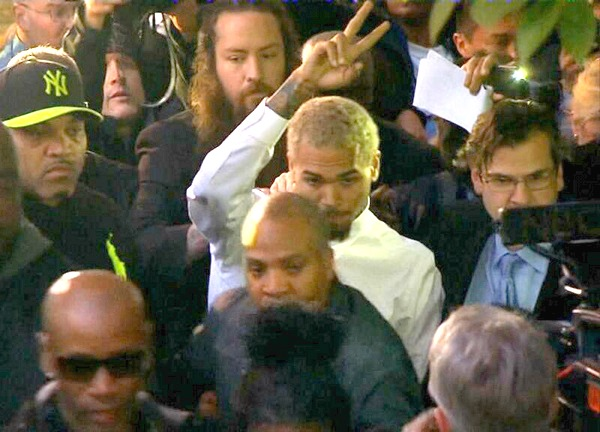 Chris Brown Checks Himself Out Of Rehab And Will Continue Community Service