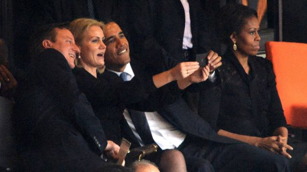 What Really Happened: Was Michelle Obama Mad At The President For Taking Selfies?