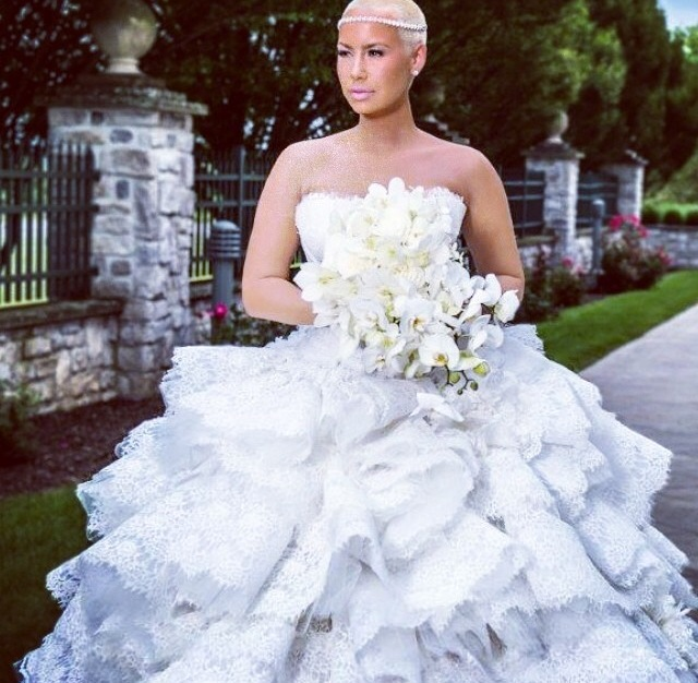 Amber Rose And Wiz Khalifa Release Never Before Seen Wedding Photos For 1 Year Anniversary