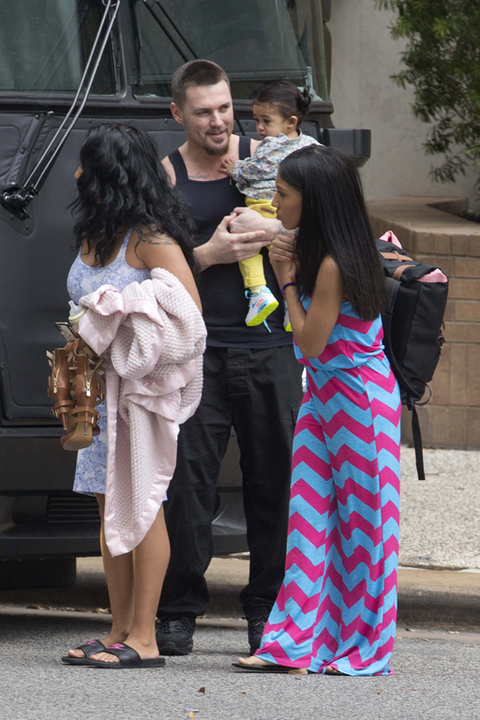See Pics: Did Chris Brown's Alleged Baby Mother Nia And Daughter Royalty Visit Him On Tour?